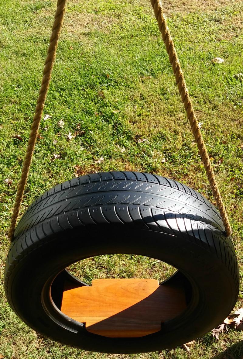Classic Tire Swing